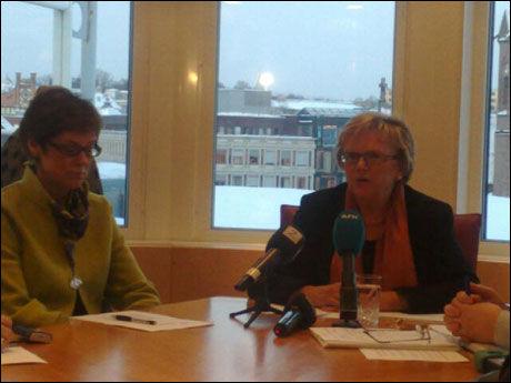 KRISEMØTE: Samferdselsministeren kalte inn Jernbaneverket og NSB til et hastemøte torsdag ettermiddag. Foto: Erlend Skevik