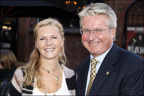 FORLOVET: Fabian Stang og Catharina Munthe. Foto: Knut Erik Knudsen.