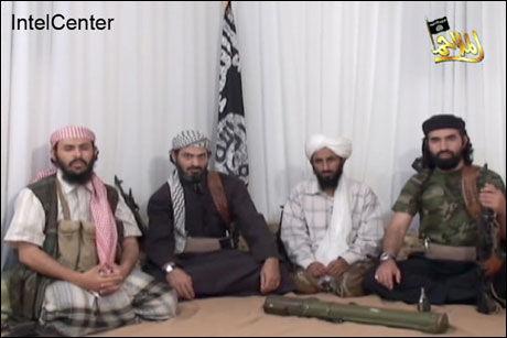 SENDT HJEM TIL TERRORREKRUTTERING: Lederskikkelsene av terrornettverket al-Qaida på den arabiske halvøy har alle sittet i fangenskap på Guantanamo. Fra venstre: Abu Hurayrah Qasim al-Reemi , Said al-Shihri, Naser Abdel Karim al-Wahishi (alias Abu Basir) og Abu al-Hareth Muhammad al-Oufi. Al-Oufi. Foto: AP