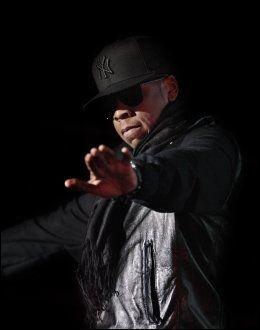 STILLER OPP FOR HAITI: Jay-Z skal opptre sammen med Rihanna i London. Foto: VG