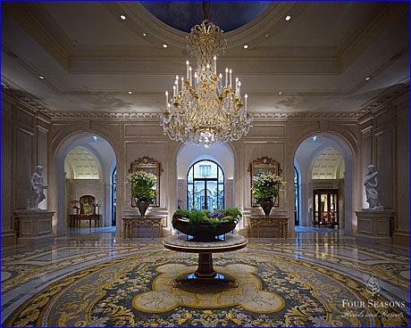 BEST I KÅRING: Tripadvisors brukere kåret nylig Four Seasons-hotellet George V i Paris til Europas beste. Foto: Four Seasons
