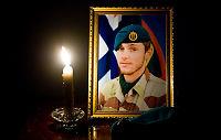 Medsoldater gråter for Claes Joachim (22)