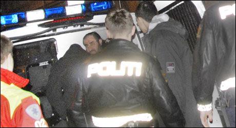 DRAMA: Flere skudd ble løsnet mot leiligheten til Mullah Krekar i Oslo i januar. Politiet sliter med å finne personen som står bak. Foto: Benjamin Bakken