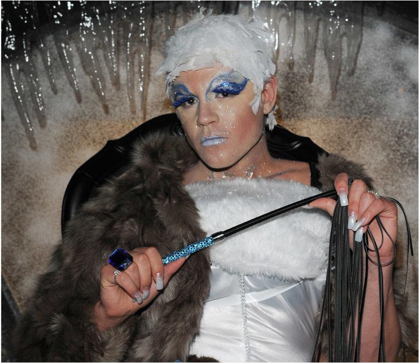 PÅ TUR: Den svenske riksdagspolitikeren Fredric Federley avviser at han har vært på sponsetur til Kanariøyene, og hevder det var hans kvinnelige alterego Ursula som har vært på tur. Foto: IBL