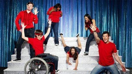 FLYTTES: Gjengen i «Glee». Foto: TV 2.