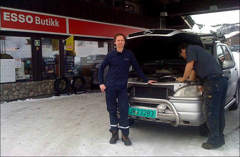 Lyspærer bil bensinstasjon
