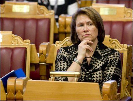 VIL HA FORBUD: Forslaget til forsvarsminister Grete Faremo vekker oppsikt blant offiserer. Foto: Scanpix