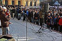 Skal ha truet med å få Dagblad-journalister skutt