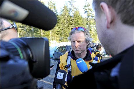 MÅTTE SVARE: Landslagstrener Morten Aa Djupvik og sportssjef Åge Skinstad fortalte at de ikke likte at Petter dro uten å snakke. Foto: Bjørn S. Delebekk