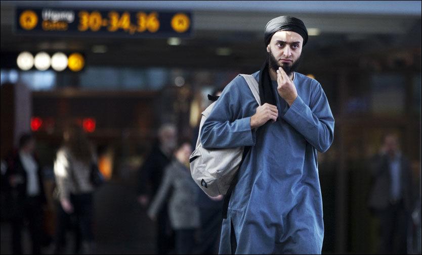 ARRANGØR: Mohyeldeen Mohammad forlot Norge i helgen. Han var en av de seks arrangørene bak demonstrasjonen på Universitetsplassen i Oslo fredag 12. februar. Foto: Frode Hansen