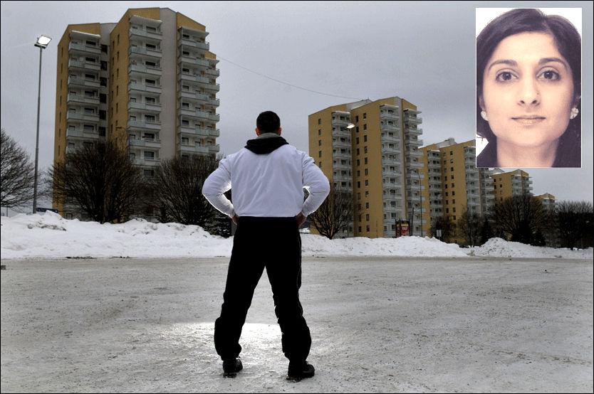 SJOKKERT: 30-åringen har kjent den siktede Asker-mannen (25) i flere år. Han er sjokkert over at kameraten har innrømt drapet på Faiza Ashraf (innfelt). Foto: Robert S. Eik/Privat Foto: