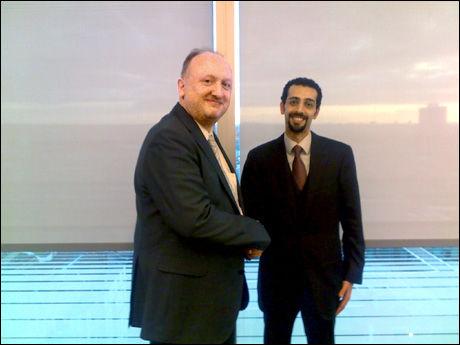 INNGÅR FORLIK: Politikens sjefredaktør Tøger Seidenfaden og advokat Faisal Yamani møttes i London for å forhandle forliket. Foto: Per Magid, Politiken