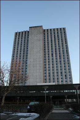 DREPT: Det var på dette Radisson Blu-hotellet i Amager i København at den norske kvinnen ble funnet drept på sitt hotellrom i 20. etasje. Foto: Marianne Vikås