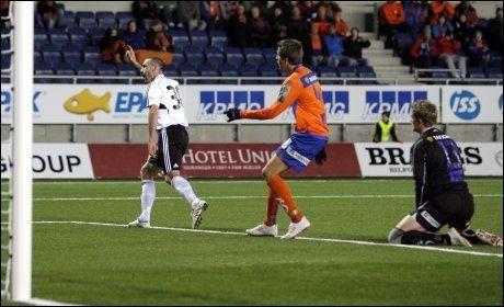 SCORET: Rade Prica jubler etter 2-0-målet på Color Line stadion. Foto: Scanpix