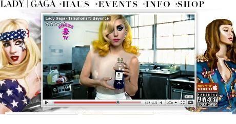 GIFTIG: Lady Gaga og Beyonce giftmyrder intetanende kafégjester. Faksimile: ladygaga.com