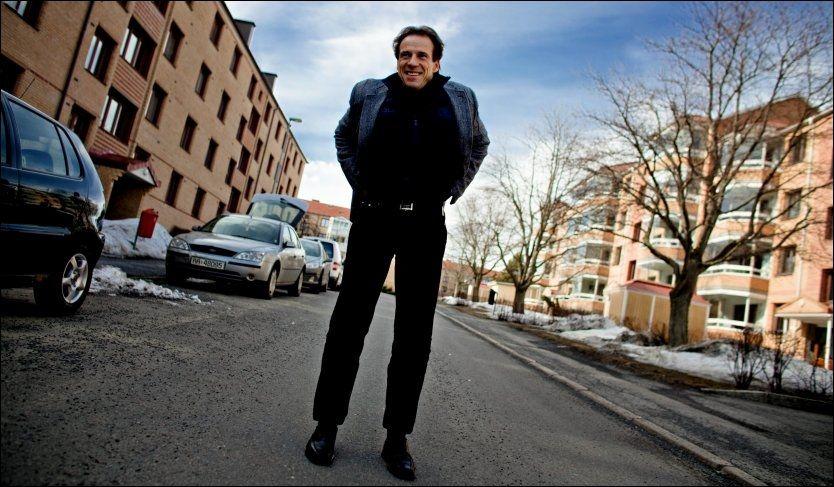 FÅR KRITIKK: Her i Groruddalen, nærmere bestemt på Kaldbakken, vokste Jan Bøhler opp. Og dette er blant områdene i Oslo som har utfordringer med svært høy andel minoritetsspråklige elever på skoer. Foto: Krister Sørbø