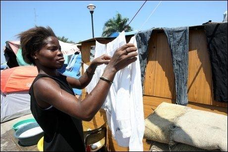 LEIRER: Overlevende etter jordskjelvkatastrofen i Haiti har samlet seg i store leirer i hovedstaden Port-au-Prince. Foto: AFP