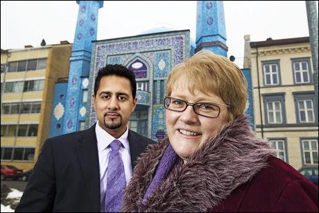 NYTT FORSLAG: Venstres Abid Raja og Trine Skei Grande vil utdanne imamer ved norske universiteter. Her foran en moské på Grønland i Oslo. Foto: Jan Petter Lynau