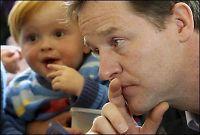 Clegg ustoppelig i britisk valgdebatt