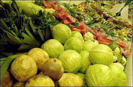 UVANE: Lavt inntak av frukt og grønnsaker kan gi kortere liv, ifølge norsk-britisk studie. Foto: Geir Olsen/ VG