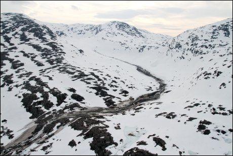 RASOMRÅDET: Her fikk raset i fjellområdene i Vefsn kommune. Foto: Luftforsvarets redningstjeneste/Scanpix