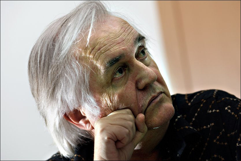DEPORTERT: Den populære krimforfatteren Henning Mankell er på vei til Sverige. Foto: VG