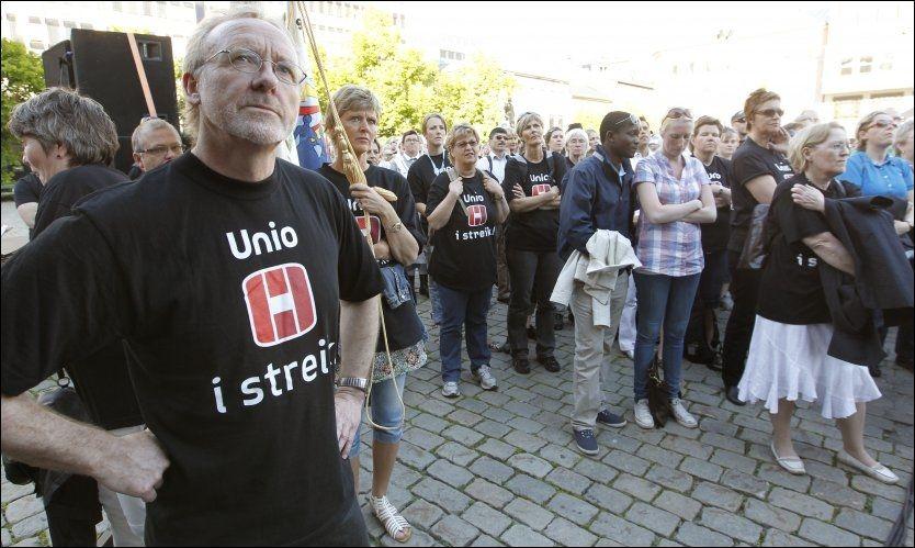 KOSTER: Den pågående streiken rammer Bergen kommunes kreditorer. Her Unio-leder Anders Folkestad. Foto: Scanpix