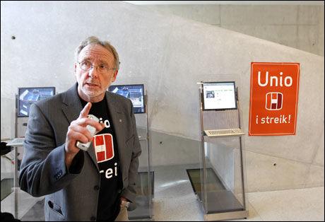 GIR SEG IKKE: De streikende har store økonomiske ressurser, mener Unio-leder Anders Folkestad. Han varsler at streiken kan komme til å vare lenge. Foto: Scanpix