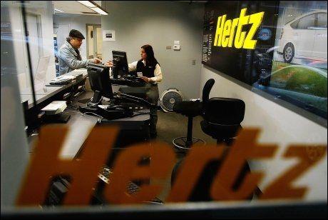 INGEN HAST: Konkurrenten Hertz har ikke merket noen internett-etterspørsel fra kundene sine, og har ikke noe tilsvarende på gang. Foto: Scanpix