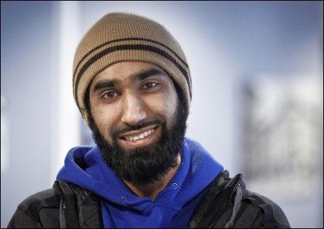 - SYND OG TRIST: Leder Fahad Qureshi i Islam Net bekrefter at arrangementet som skulle ha blitt avholdt på Sogn videregående skole er avlyst. Foto: TORE KRISTIANSEN