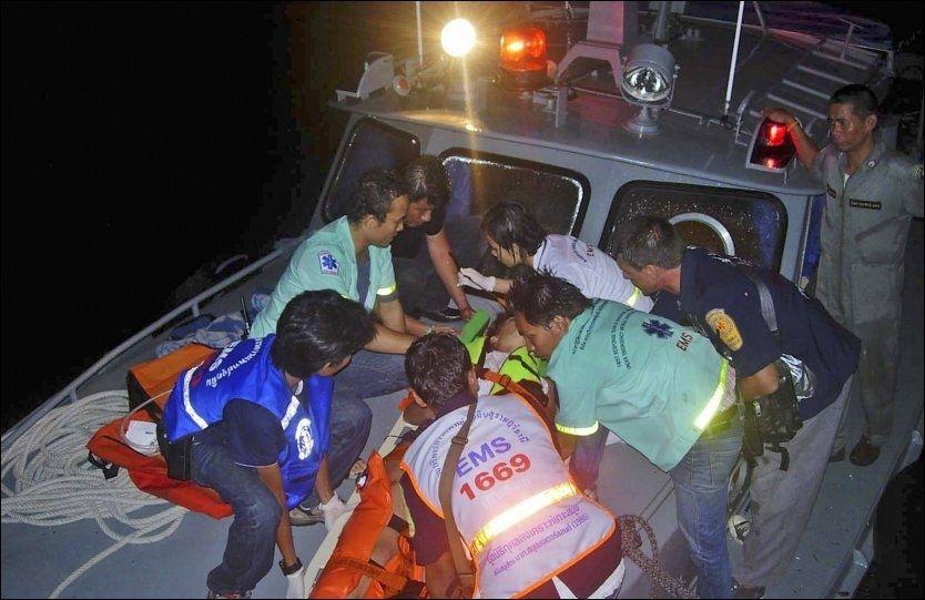DRAMATISK: To båter med passasjerer krasjet i Thailandgulfen i natt. En nordmann deltok i redningsarbeidet. Foto: Ap