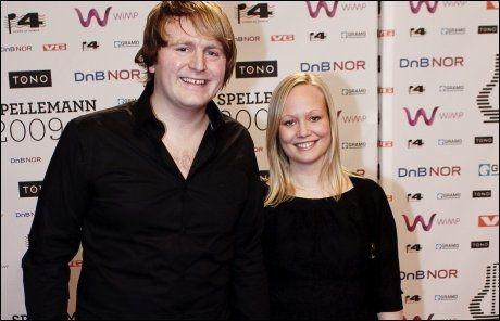 KJÆRESTER: Askil Holm og kjæresten Tine Aas - her på Spellemannprisutdelingen i fjor. Foto: VG