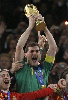 GOD: Iker Casillas storspilte i finalen. Foto: AP