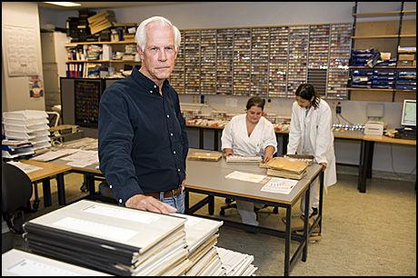KRITISERES: Patolog Sverre Mørk ved Haukland Universitetssykehus. Avdelingen bruker for lang tid på å behandle kreftprøver. Foto: Tor Erik H. Mathiesen