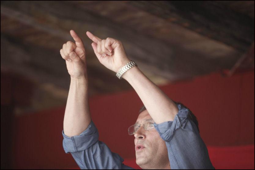 UTØYA: Jens Stoltenberg slapp nyhetene om at utlendingsloven endres slik at Laila Narud får bli i Norge, under sin tale på AUF-leiren på Utøya. Foto: Scanpix