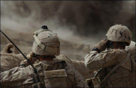 LEKKASJER OM AFGHANISTAN-KRIGEN:Blant mye annet dokumenterer den massive lekkasjen av militære dokumenter fra 2004 til 2009 at både Taliban og den vestlige koalisjonen har blod på hendene i form av hundrevis av sivilie liv. Foto: Ap