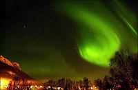 - Sør-Norge kan få nordlys etter gigantisk soleksplosjon -