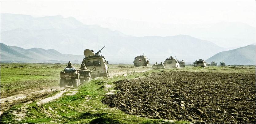 PÅ JOBB: Norske styrker fra Telemark Bataljon i aksjon i Afghanistan. Foto: FORSVARET