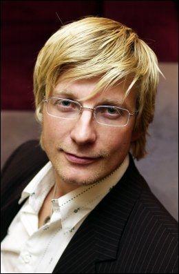 SIER NEI: Kommunikasjonsdirektør Svein Tore Bergestuen i TVNorge. Foto: Scanpix