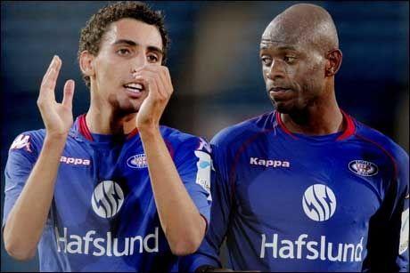 SCORET MÅLENE: Ett mål av Mos Abdellaoue (t.v.) og to mål av Luton Shelton sørget for 3-0 mot Sandefjord. Alle kom etter pausen. Foto: Scanpix