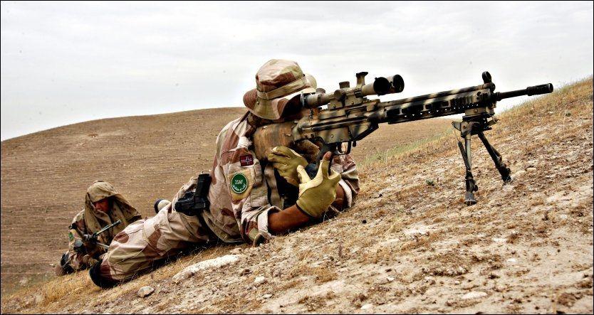 STERKE OPPLEVELSER: Norske skarpskyttere har skrevet bok om om oppdraget sitt i Afghanistan. Dette bildet er tatt under en øvelse i 2007. Foto: Lars Magne Hovtun / Forsvaret