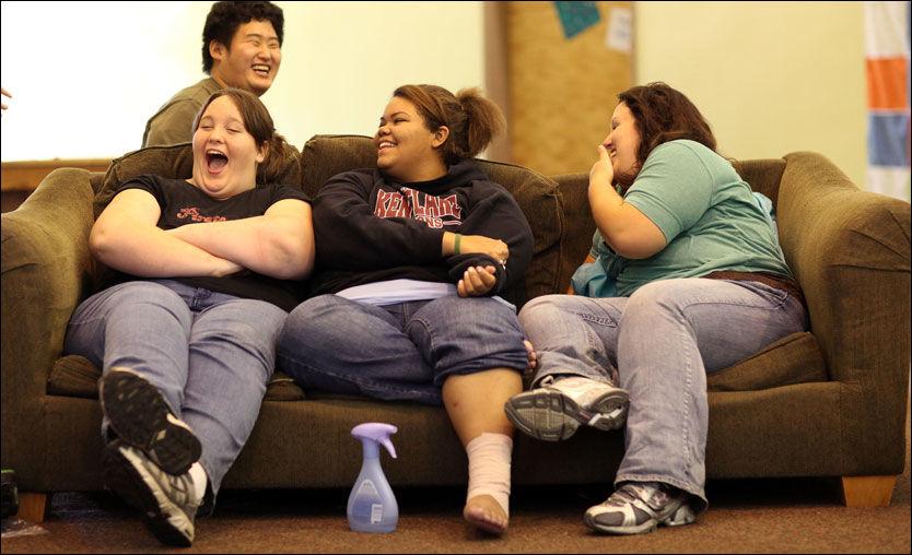 TIDLIGERE KJØNNSMODNE: Flere og flere barn er overvektige. Forskere ser en sammenheng mellom overvekt og tidlig pubertet. Illustrasjonsfoto: Justin Sullivan, AFP
