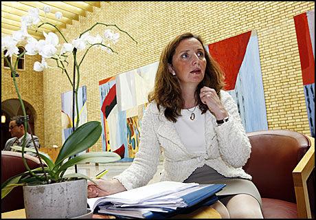 - VÆR FORSIKTIG: Aps Gunn Karin Gjul understreker at man bør være forsiktig med hva man bruker skattebetalernes penger til. Foto: Scanpix