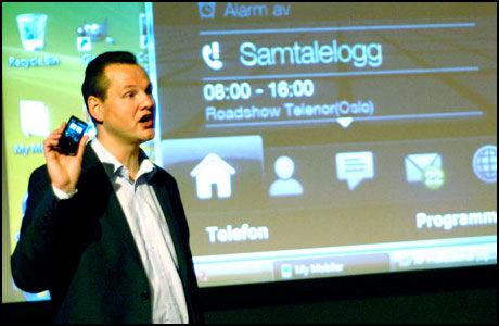 TRØBBEL: Vidar Sandlands iPad gjør at han sliter med å motta samtaler. Telenor bekrefter problemer relatert til tvilling-SIM. (Foto: Leif Martin Kirknes)