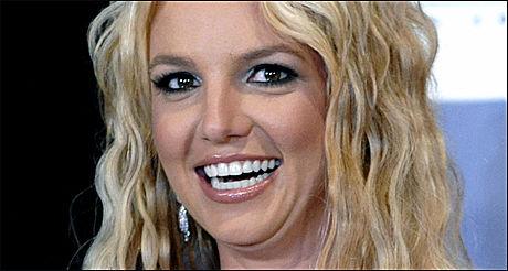 BENÈKTER TRAKASSERING: Britney Spears. Foto: AP