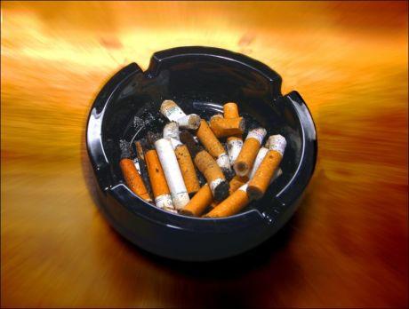 MINDRE AV DETTE: Verdens helseorganisasjon har kommet med flere forslag til tiltak for å minske røykeandelen. Foto: Scanpix