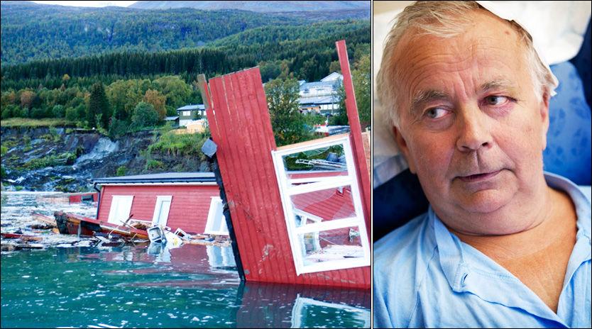 I VANNET: Huset til Kyrre Oddleif Lyngdal ble feid på sjøen av de store jordmassene. Selv havnet han på sykehus. Foto: Scanpix/Mattis Sandblad