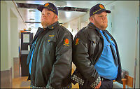 Lars (25) og Gunnar (25) skal redde livet til Aksel Hennie