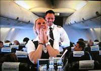 Pilot fridde til flyvertinnen i lufta