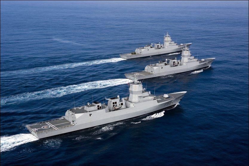 TIL KAI: Fregatten KNM Fridtjof Nansen og to av de andre fregattene i Nansen-klassen driver formasjonskjøring. Ifølge Aftenposten kan de bli liggende til kai hele 46 uker neste år. Foto: Sjøforsvaret